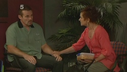 Toadie Rebecchi, Susan Kennedy in Neighbours Episode 6133