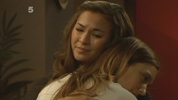 Jade Mitchell, Sonya Mitchell in Neighbours Episode 6134