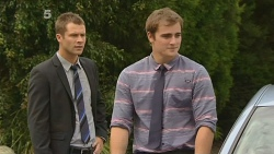 Mark Brennan, Kyle Canning in Neighbours Episode 6134