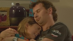 Sonya Mitchell, Lucas Fitzgerald in Neighbours Episode 6134