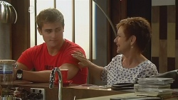 Kyle Canning, Susan Kennedy in Neighbours Episode 6134