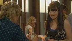Andrew Robinson, Natasha Williams, Summer Hoyland in Neighbours Episode 6135