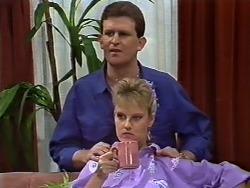 Des Clarke, Daphne Clarke in Neighbours Episode 0503