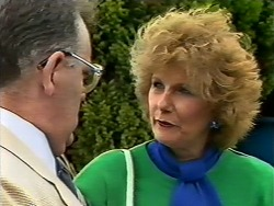 Harold Bishop, Madge Bishop in Neighbours Episode 0505