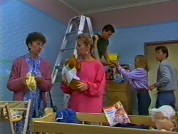 Nell Mangel, Daphne Clarke, Des Clarke, Jane Harris, Mike Young in Neighbours Episode 0506