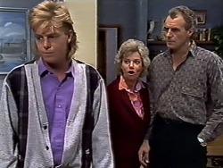 Scott Robinson, Helen Daniels, Jim Robinson in Neighbours Episode 0507