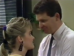 Daphne Clarke, Des Clarke in Neighbours Episode 0507