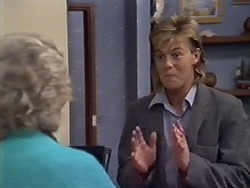 Helen Daniels, Scott Robinson in Neighbours Episode 0507