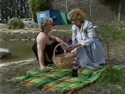 Henry Ramsay, Madge Bishop in Neighbours Episode 0509