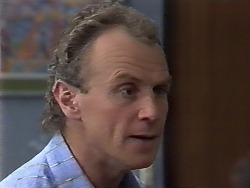 Jim Robinson in Neighbours Episode 0509