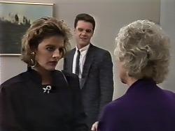 Gail Robinson, Paul Robinson, Helen Daniels in Neighbours Episode 0510