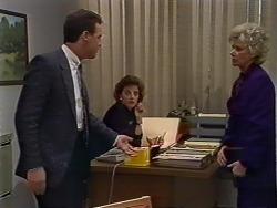 Paul Robinson, Gail Lewis, Helen Daniels in Neighbours Episode 0511