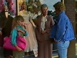 Charlene Mitchell, Henry Mitchell in Neighbours Episode 0511