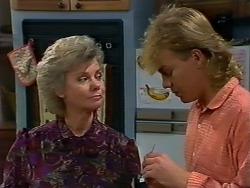 Helen Daniels, Scott Robinson in Neighbours Episode 0511