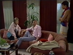 Daphne Clarke, Des Clarke, Mike Young in Neighbours Episode 0512