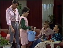 Des Clarke, Lucy Robinson, Daphne Clarke, Mike Young in Neighbours Episode 0512