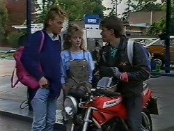 Scott Robinson, Charlene Mitchell, Mike Young in Neighbours Episode 0512