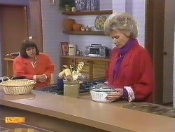 Beverly Marshall, Helen Daniels in Neighbours Episode 0531