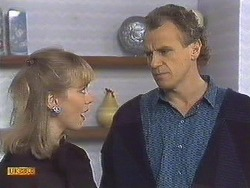 Jane Harris, Jim Robinson in Neighbours Episode 0532