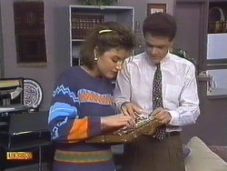 Gail Robinson, Paul Robinson in Neighbours Episode 0533