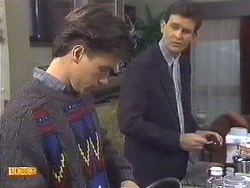 Mike Young, Des Clarke in Neighbours Episode 0533