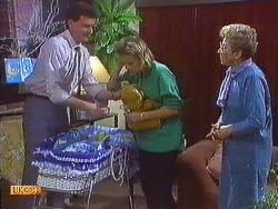 Des Clarke, Daphne Clarke, Eileen Clarke in Neighbours Episode 0556