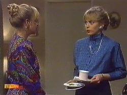 Amanda Harris, Jane Harris in Neighbours Episode 0556