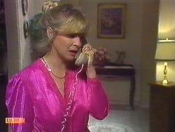 Amanda Harris in Neighbours Episode 0556