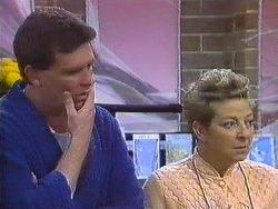 Des Clarke, Eileen Clarke in Neighbours Episode 0556