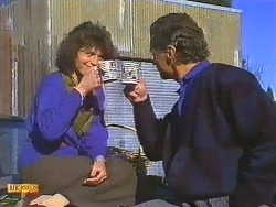 Beverly Marshall, Jim Robinson in Neighbours Episode 0557
