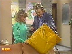 Charlene Mitchell, Scott Robinson in Neighbours Episode 0557