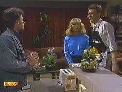 Mike Young, Jane Harris, Des Clarke in Neighbours Episode 0558