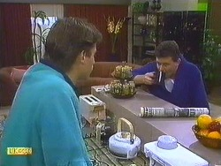 Mike Young, Des Clarke in Neighbours Episode 0558