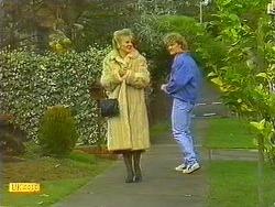 Amanda Harris, Henry Ramsay in Neighbours Episode 0558