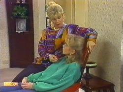 Amanda Harris, Jane Harris in Neighbours Episode 0558
