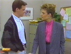 Paul Robinson, Gail Robinson in Neighbours Episode 0558
