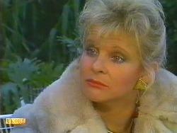 Amanda Harris in Neighbours Episode 0558