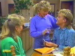 Jane Harris, Charlene Mitchell, Scott Robinson in Neighbours Episode 0559