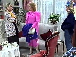 Amanda Harris, Madge Ramsay, Jane Harris in Neighbours Episode 0561