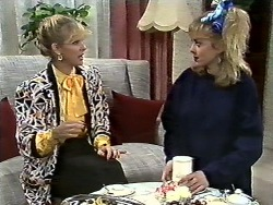 Amanda Harris, Jane Harris in Neighbours Episode 0561