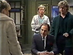 Amanda Harris, Scott Robinson, Graham, Henry Ramsay in Neighbours Episode 0561