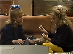 Jane Harris, Charlene Mitchell in Neighbours Episode 0561