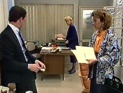 Paul Robinson, Jane Harris, Gail Robinson in Neighbours Episode 0562