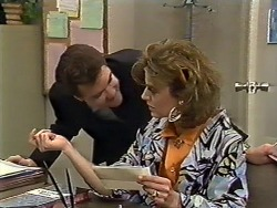 Paul Robinson, Gail Robinson in Neighbours Episode 0562