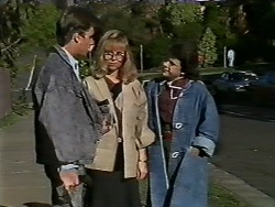 Mike Young, Jane Harris, Lucy Robinson in Neighbours Episode 0564