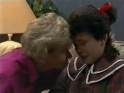Helen Daniels, Lucy Robinson in Neighbours Episode 0564