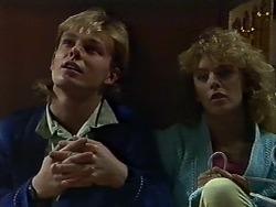 Scott Robinson, Charlene Mitchell in Neighbours Episode 0565