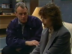 Jim Robinson, Beverly Marshall in Neighbours Episode 0565