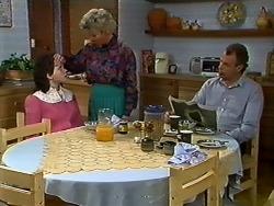 Lucy Robinson, Helen Daniels, Jim Robinson in Neighbours Episode 0565