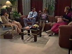 Beverly Marshall, Des Clarke, Eileen Clarke, Daphne Clarke in Neighbours Episode 0565